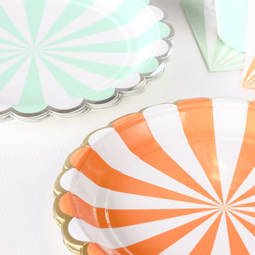 party supplies- party plates or paper plates