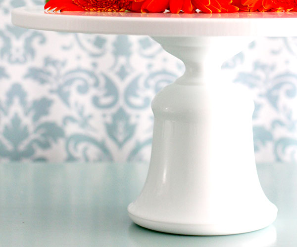 bell shaped cake stand