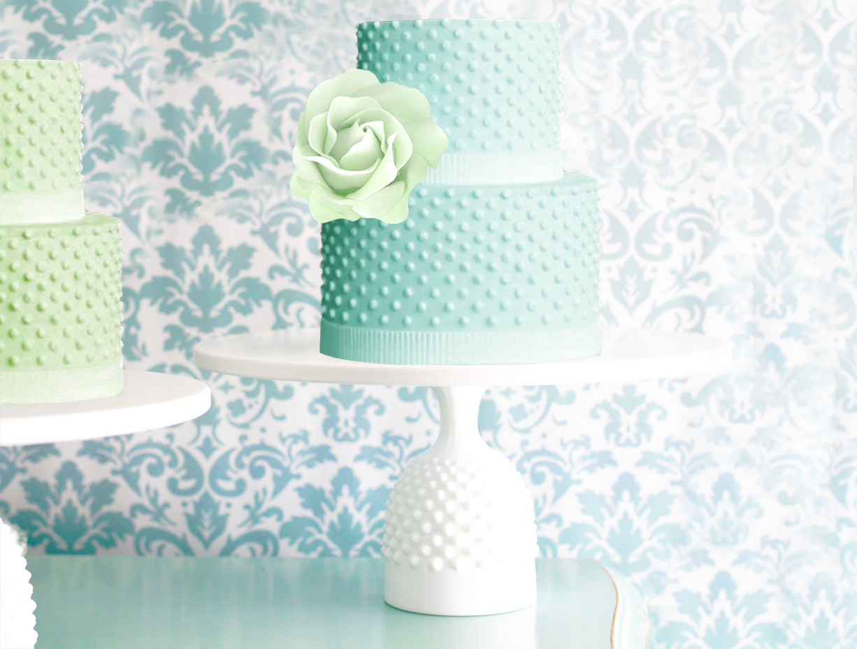 THE SOUTHAMPTON - Hobnail cake stand in 8\