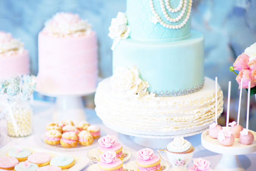 cakes, cupcakes and desserts