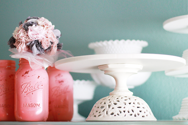 The Roche Studio Ivory Cake Stand