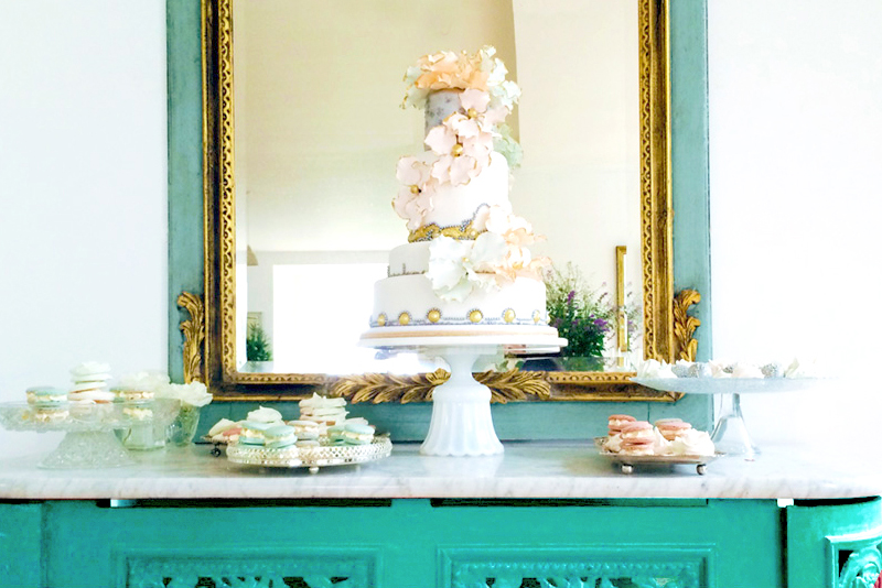 The Roche Studio Cake Stand - Wedding Cake by EMILY'S PANTRY based in Ireland (www.emilyspantry.ie)