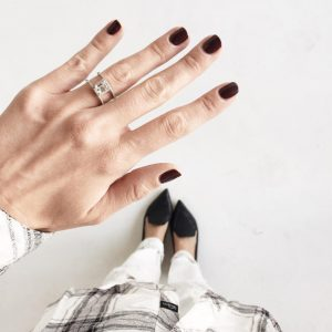 Kimberly Pesch instagram engagement ring selfie