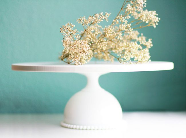 The Bloomington beaded cake stand