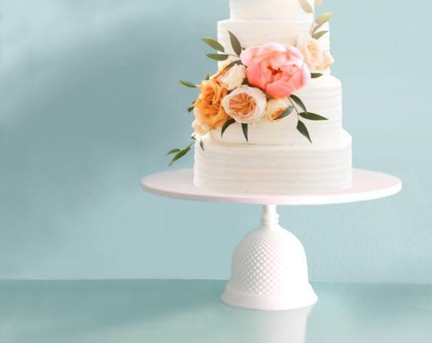 Diamond bell cake stand
