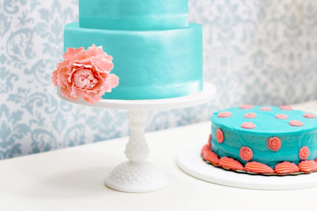 hobnail tall cake pedestal