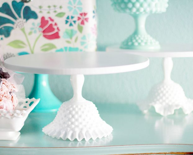 hobnail ruffle cake stand